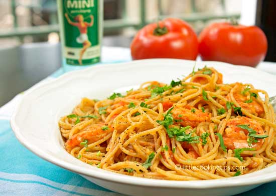 Ouzo flavored shrimp tomato pasta