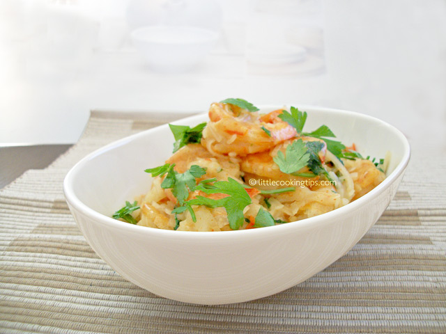 Little Cooking Tips Thai shrimps with noodles and coconut milk