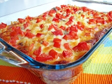 Fantastic baked pasta with sujuk, fresh tomato and lemon zest