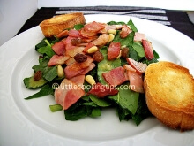 Amazing Spinach Salad with Bacon and Raisins